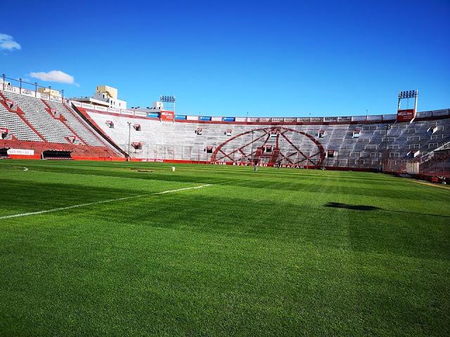 Estadio Huracán tribuna popular