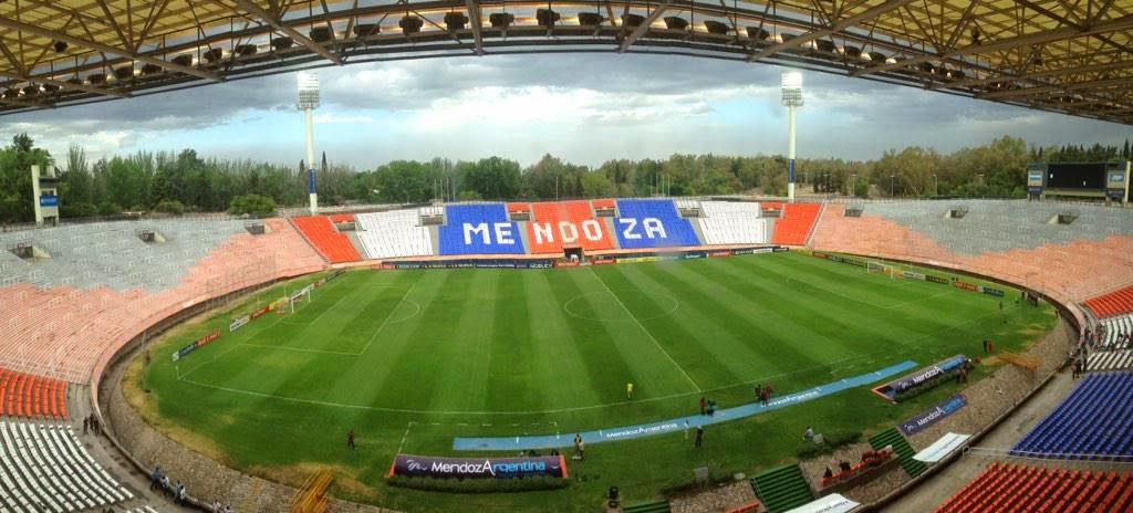 Estadio de Mendoza tribunas