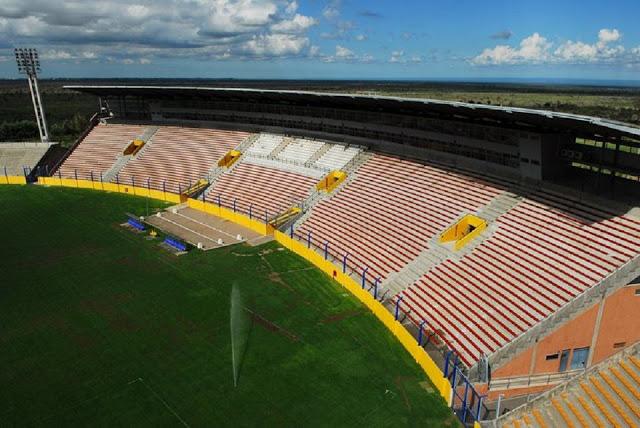 Estadio Juan Gilberto Funes de San Luis4