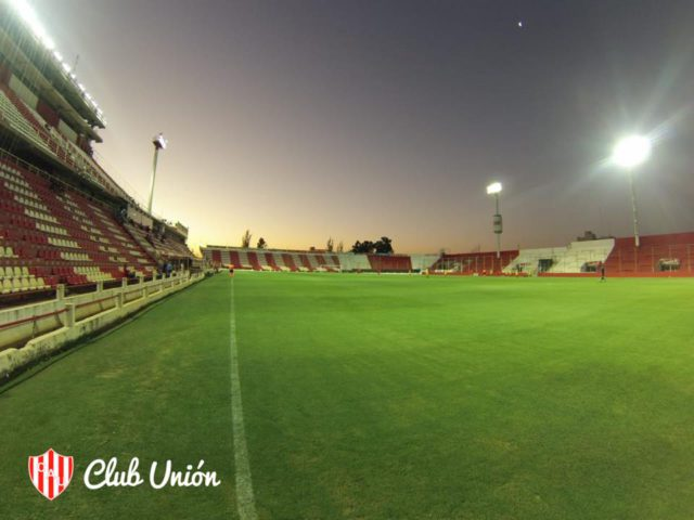 estadio union 15 de abril
