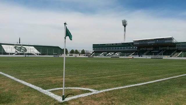 cancha de Sarmiento tribunas