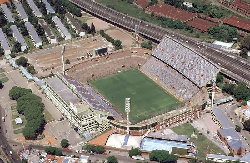 Historia del Estadio Jose Amalfitani 11