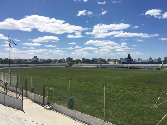 cancha Guillermo Brown tribunas