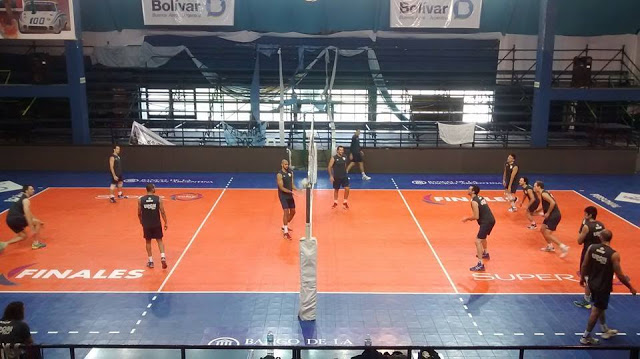 Estadio voley Bolivar2