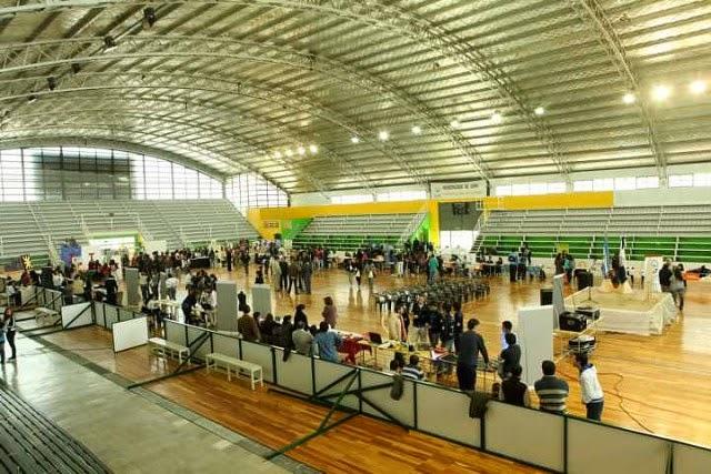 Estadio Polideportivo La Colonia