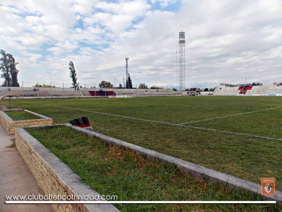 Estadio de Atlético Trinidad de San Juan tribuna
