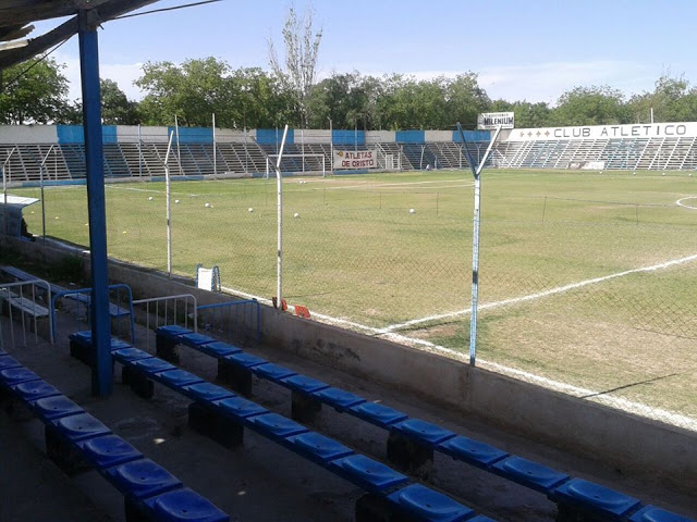 cancha de Atlético Argentino de Mendoza tribuna2