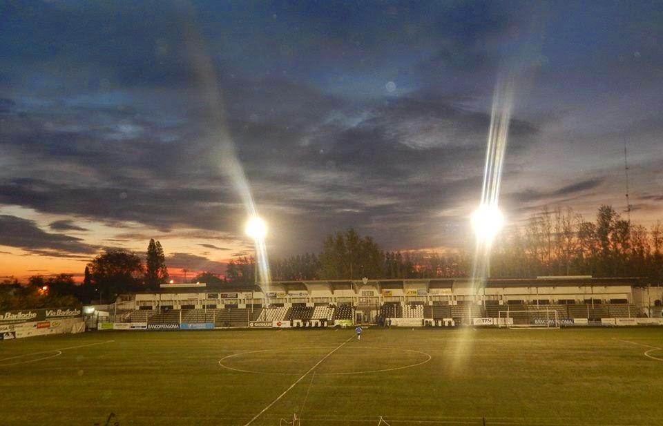 Estadio Cipolletti platea