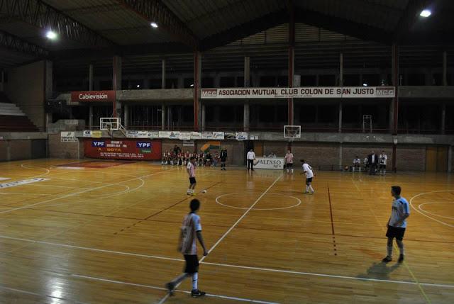 Estadio Cubierto Colón de San Justo5