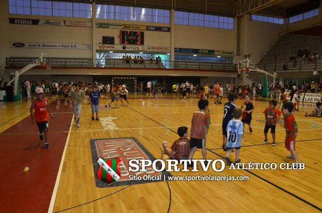 Estadio Sportivo Las Parejas2