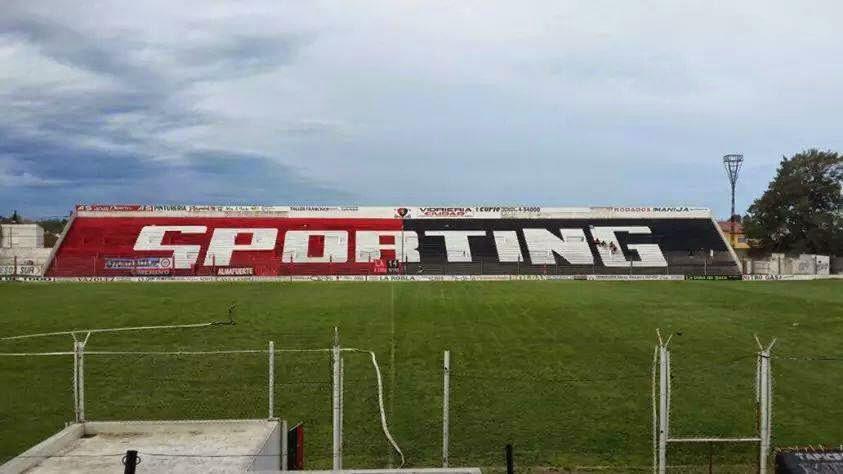 cancha de Sporting de Punta Alta tribuna1