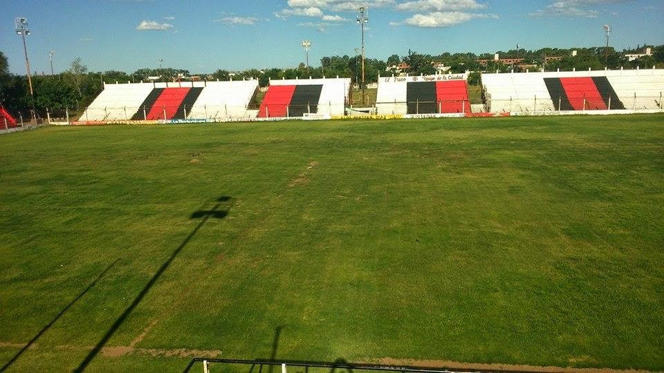cancha Belgrano Santa Rosa tribunas