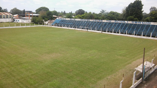 cancha de Deportivo Aguilares de Tucumán tribuna2
