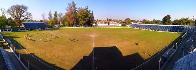 cancha de Deportivo Aguilares de Tucumán panoramica