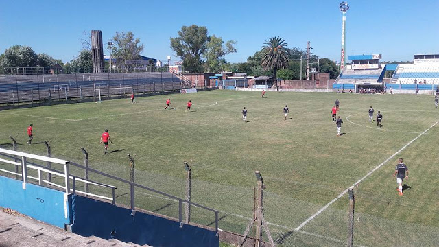 Gimnasia Concepción del Uruguay estadio
