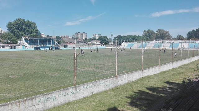 06cancha de Argentino de Quilmes