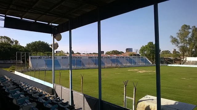 02cancha de Argentino de Quilmes
