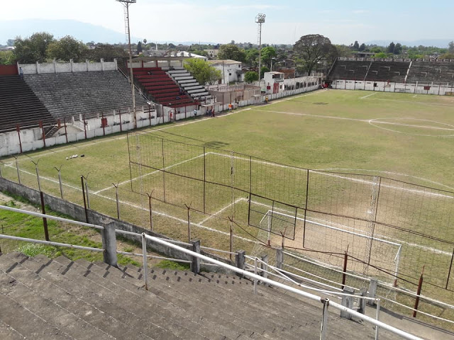 Estadio Sportivo Guzmán platea