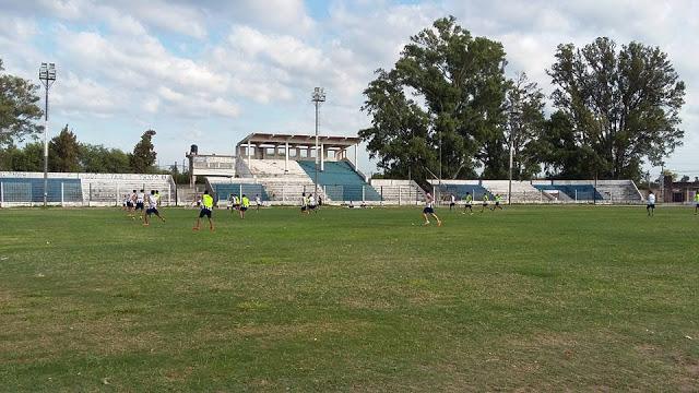 cancha de Sarmiento de La Banda tribuna1