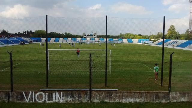 cancha de Argentino de Merlo2
