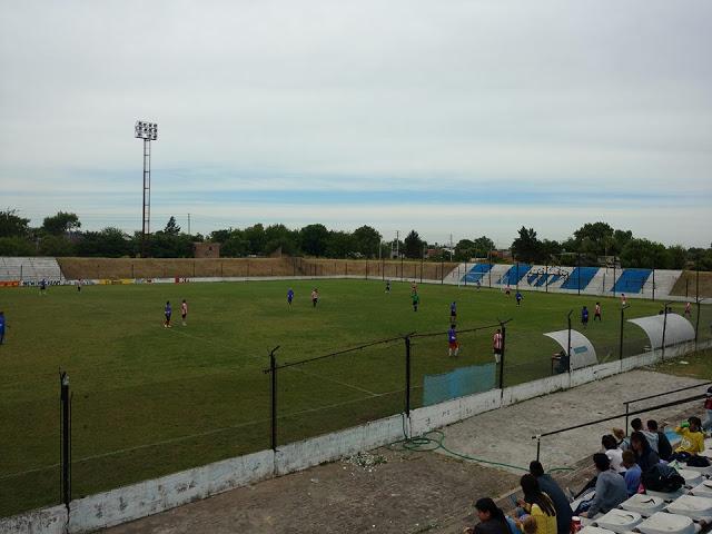 cancha de Argentino de Merlo4