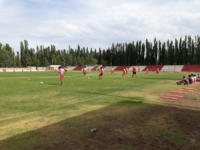 cancha Independiente Neuquén