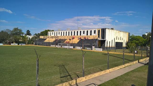 Estadio Libertad Sunchales tribuna