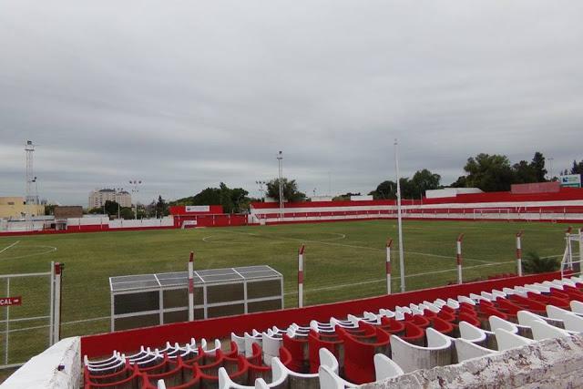 cancha de Universitario de Córdoba1