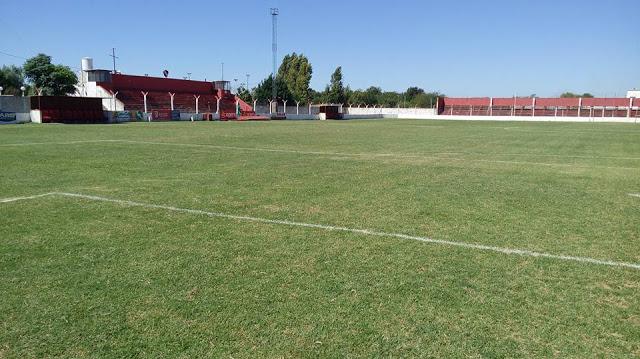 01cancha de Independiente de Chivilcoy