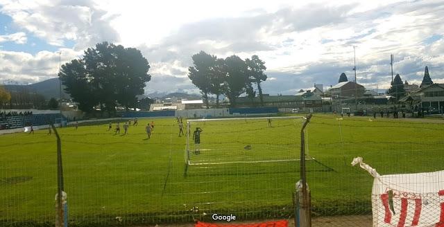 Estadio Municipal Bariloche tribuna arco