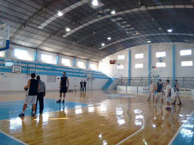 Estadio cubierto de Regatas Uruguay1