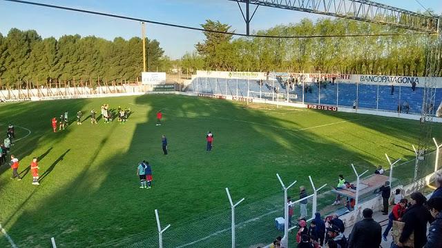 cancha de Independiente de Río Colorado1
