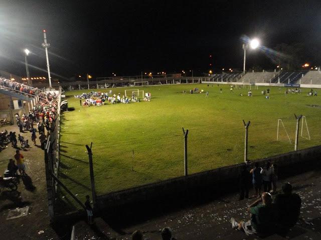 cancha de Rivadavia de Necochea5