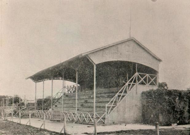 primeros estadios del fútbol argentino estudiantil porteño