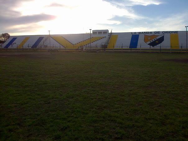 cancha Don Orione AC tribuna