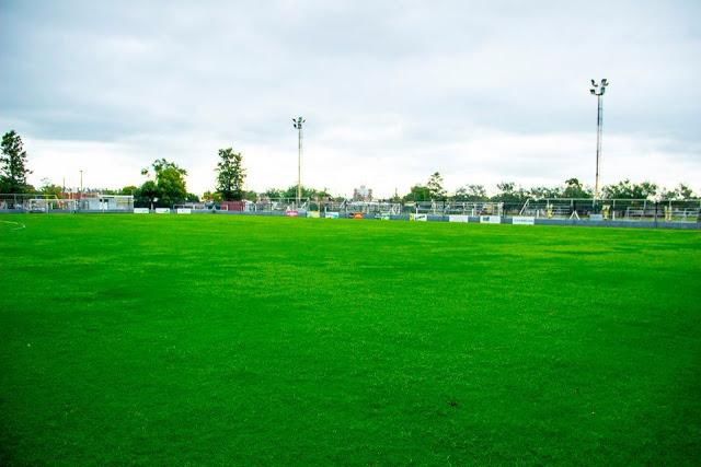 Estadio de Sarmiento de Leones tribunas