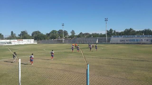 Estadio de Sportivo del Bono de San Juan tribuna lateral