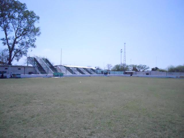 Estadio de Libertad de Campo Santo tribunas2