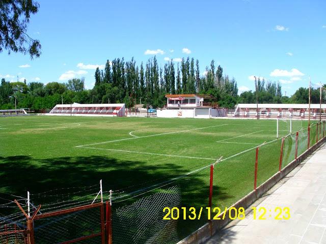 cancha Villa Atuel Mendoza tribunas