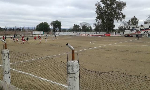 cancha de Sportivo Balloffet de San Rafael4