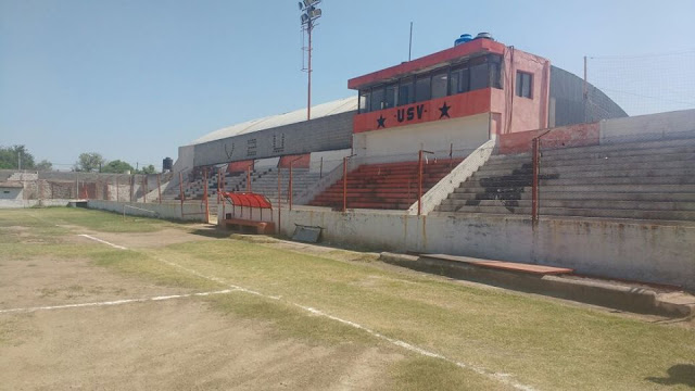 Unión San Vicente tribuna cancha