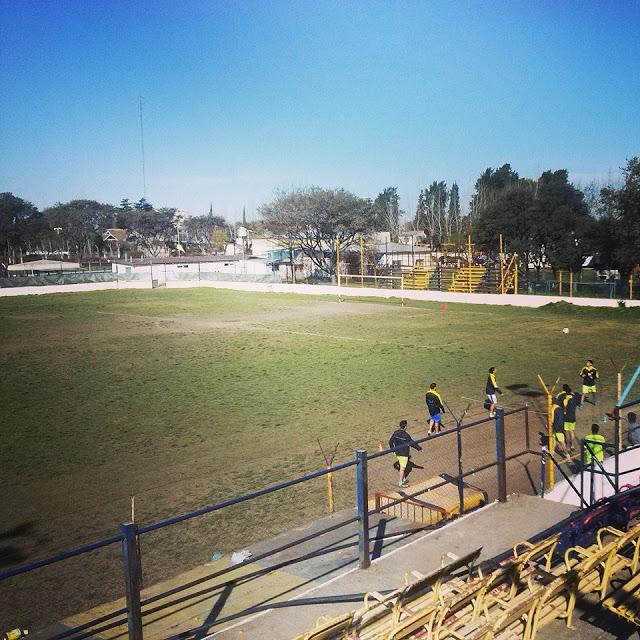 Estadio de Puerto Nuevo de Campana tribuna2