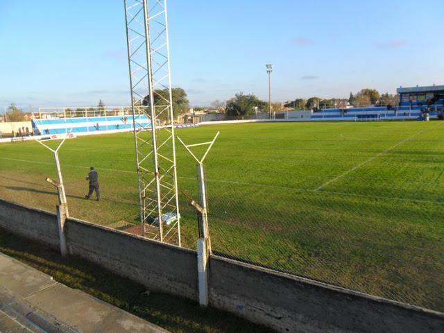 Estadio de Sportivo 9 de Julio de Rio Tercero tribuna