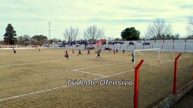 cancha del Deportivo Bowen de Mendoza tribuna3
