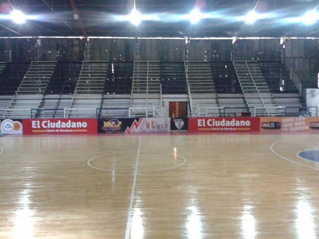 Estadio Cubierto del Club Petroleros YPF de Mendoza1