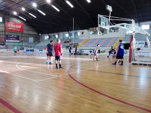 Estadio cubierto de Andes Talleres de Mendoza1