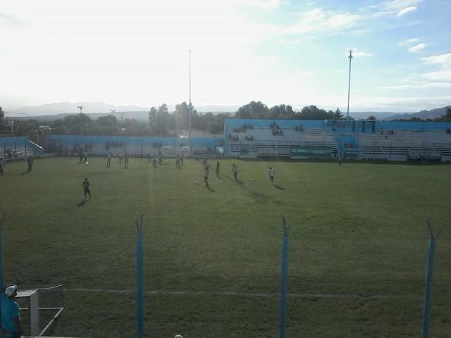 Polideportivo Municipal de Albardón1