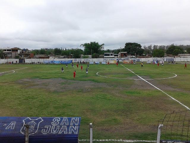 cancha de San Juan de Tucumán2