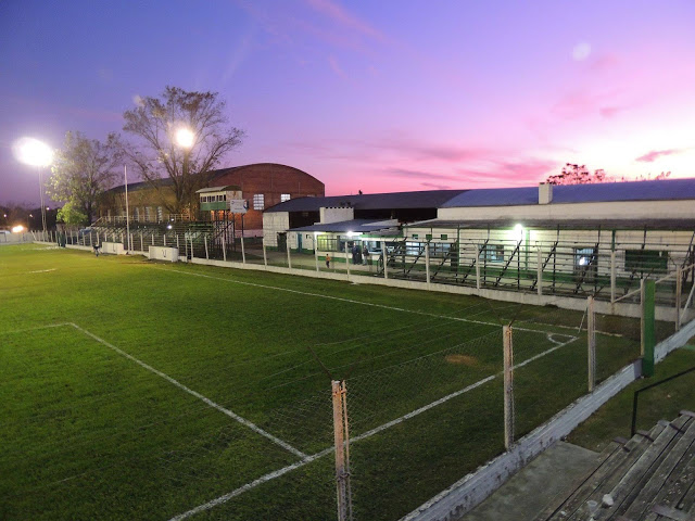 cancha de Unión Agrarios Cerrito tribunas