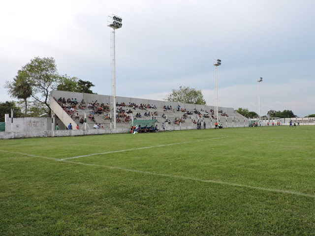 cancha de Atlético Laguna Blanca1